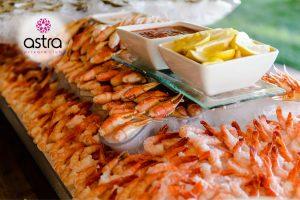 Μπουφές θαλασσινών στο μενού του Astra Private club